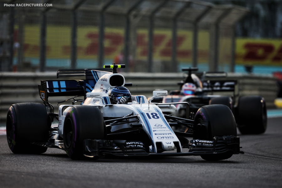 Lance Stroll (CDN) Williams FW40.