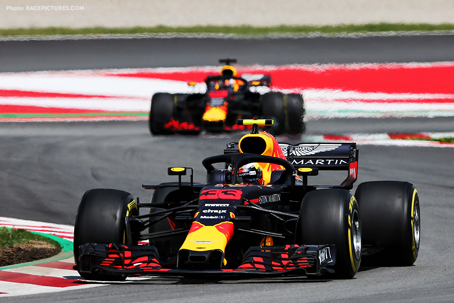 Max Verstappen (NLD) Red Bull Racing RB14 leads team mate Daniel Ricciardo (AUS) Red Bull Racing RB14.